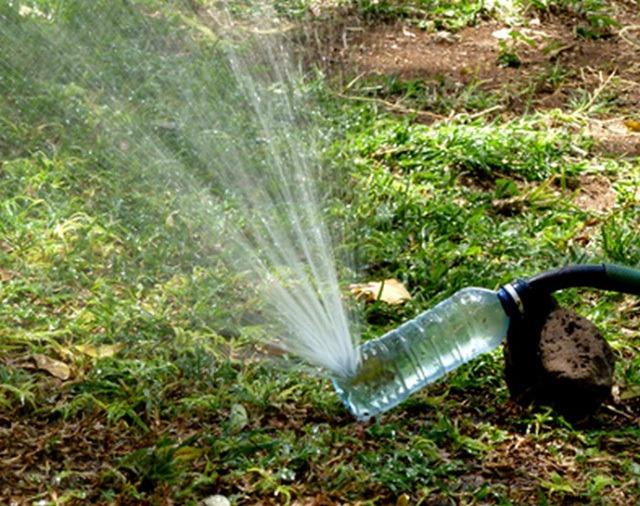 Tái chế chai nhựa thành vòi tưới nước
